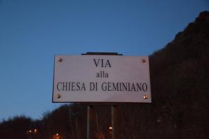 Nome corretto via alla chiesa di Geminiano
